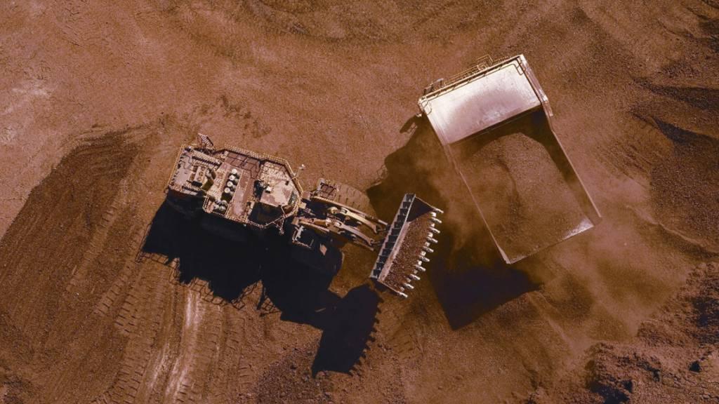 BHP profitiert von steigenden Eisenerzpreisen