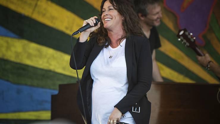 Die Sängerin Alanis Morissette hat ihr drittes Kind auf die Welt gebracht. (Archivbild)