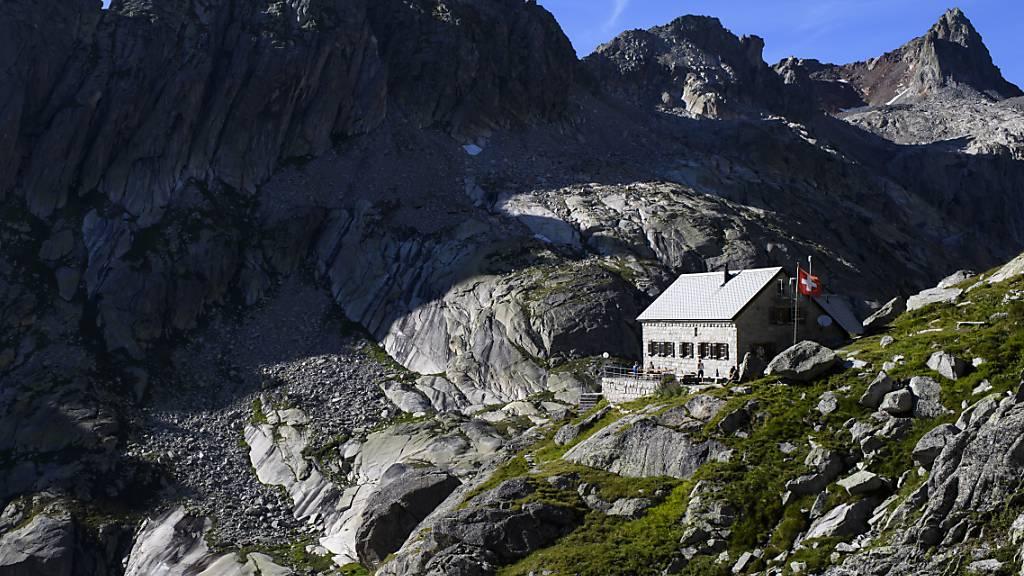Über 300 Alpbetriebe und Berghütten mit Strom ausgerüstet