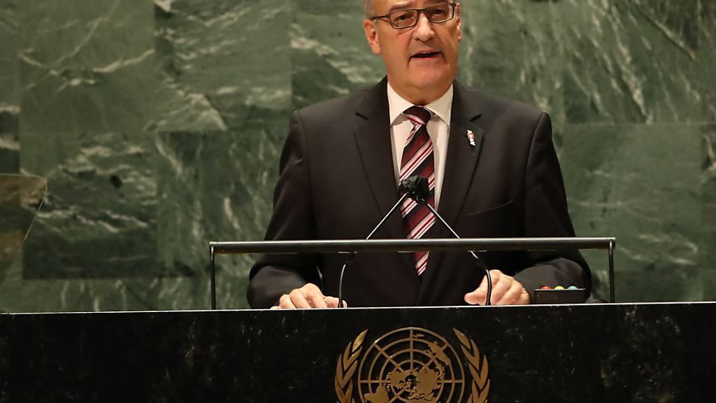 Parmelin trifft Staatschefs von Costa Rica und Senegal