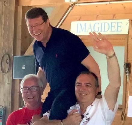 Mauro Poggia unter seinen Parteifreunden am letzten Sonntag.