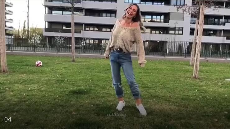 Adela Smajic, Bachelorette und Tochter des ehemaligen FCB-Mittelfeldregisseurs Admir Smajic, macht auf Instagram Werbung für den FCB.