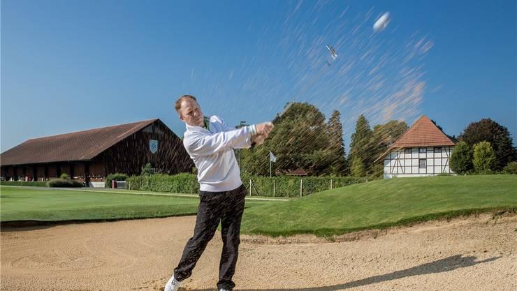 Der gebürtige Brite Richard Adby führt zusammen mit Jonas Hagert die Golfschule im Golfclub Wylihof in Luterbach.