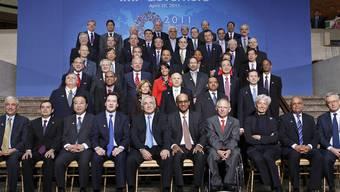IWF-Exekutivrat mit Bundesrätin Widmer-Schlumpf (Mitte-rechts)