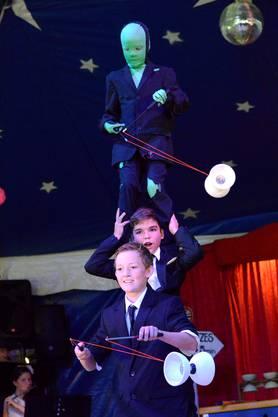 Der Quartier Circus Bruderholz und seine jungen Artistinnen und Artisten laden zum 35. Programm «gALLartistica» ein.