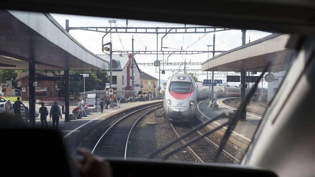 Züge in den Süden sind komplett überfüllt