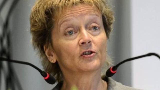 Widerspricht dem OSCE-Steuerexperten: Widmer-Schlumpf (Archiv)
