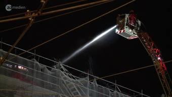 Sicherheitsleute haben am Montagabend kurz vor 23 Uhr Rauch entdeckt. In der Folge ist die Feuerwehr mit drei Fahrzeugen zum Hauptbahnhof ausgerückt.