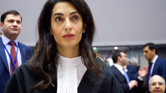 Amal Clooney hat nicht viel Zeit für ihren Ehemann George (Archiv)