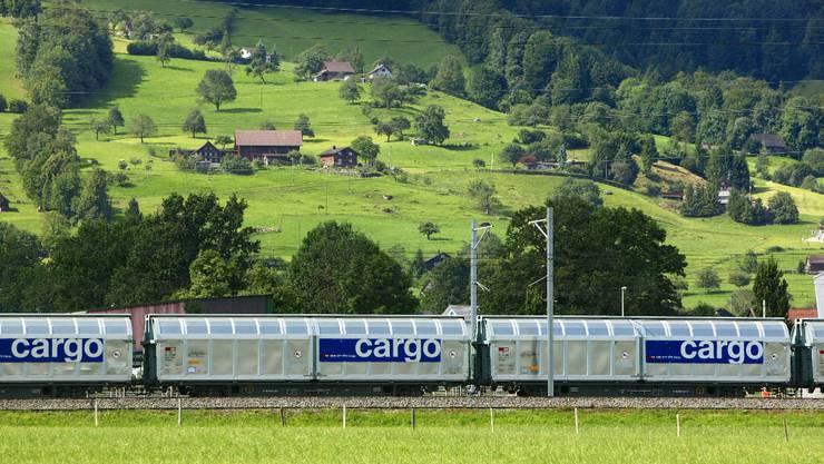 Für Güter die Bahn: Doch dafür braucht es genügend Kapazitäten im Gotthard-Basistunnel.  key
