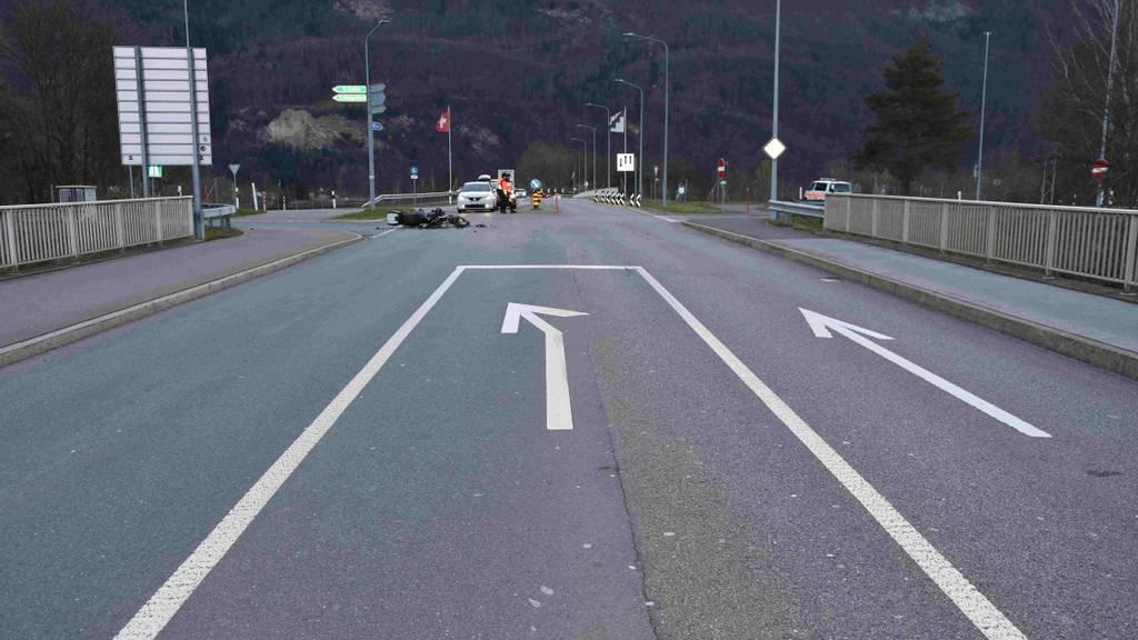 Töfffahrer knallt mit Auto zusammen – 10'000 Franken Sachschaden