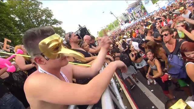 Street Parade live — 16 Uhr