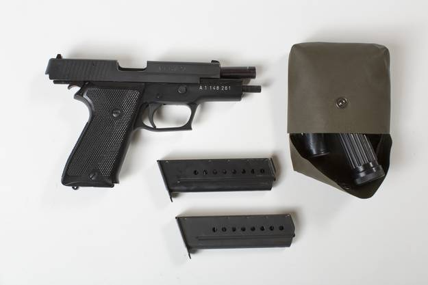Die Pistole erhalten nicht alle Rekruten.