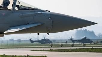 Die Beschaffung neuer Kampfjets sind der Gsoa ein besonderer Dorn im Auge.