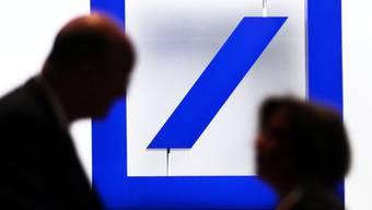 Die Deutsche Bank verkauft Teile der Anlageverwaltung (Archiv)
