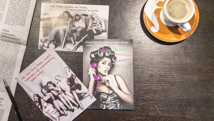 Die Postkarten sind lustig gemeint, zementieren aber sexistische Stereotypen.