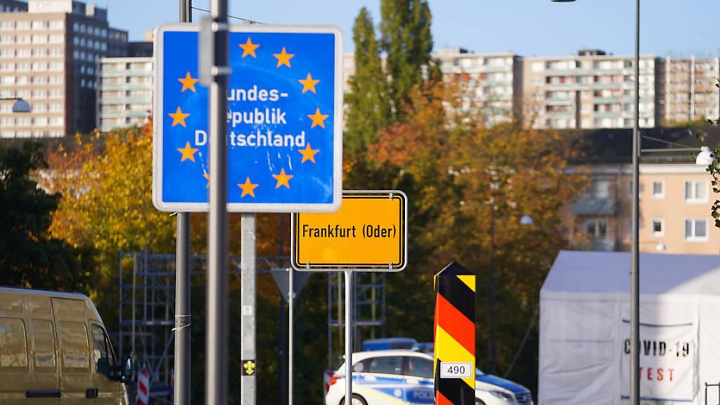Seehofer: Schutz an Grenze zu Polen falls notwendig weiter verstärken