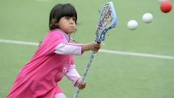 Kinder sollen Sportarten spielerisch kennen lernen. Das ist das Ziel der polysportiven Woche. (archiv)