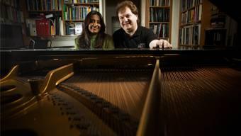 Ein Leben für die Musik: Helen Savari-Renold und Fritz Renold in ihrem Haus in Schönenwerd. chris iseli