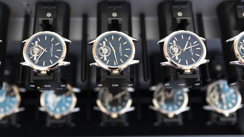 Uhrenexporte nach China brechen im Februar ein