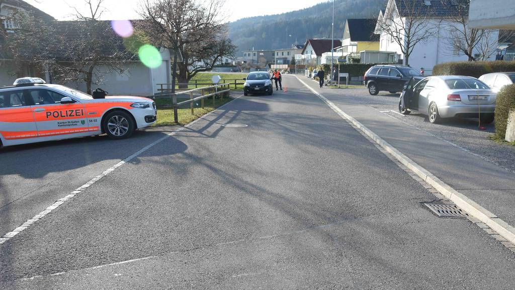 8-jähriges Mädchen rennt in Strasse und wird von Auto erfasst