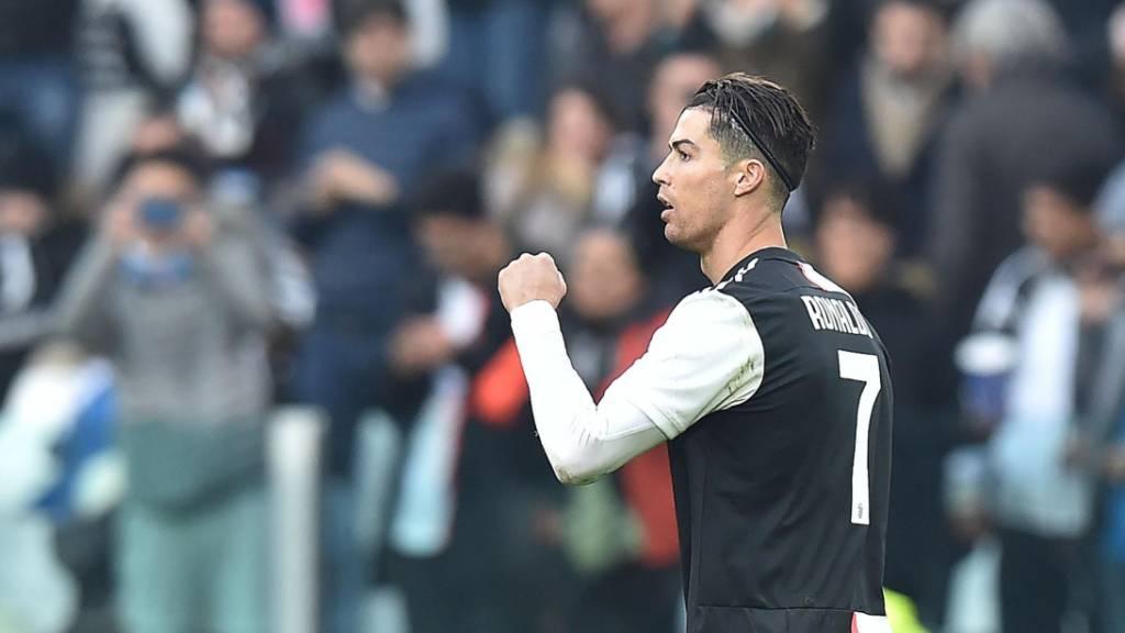 Cristiano Ronaldo trifft erstmals in dieser Saison für Juventus doppelt.
