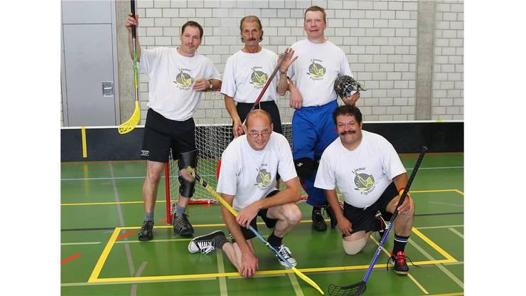 Mannschaftsfoto mit Topscorer Stefan Brogle (unten Rechts, Limmatfighters)