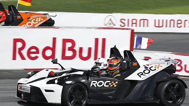 Romain Grosjean (vorne) bezwang die Formel-1-Weltmeister