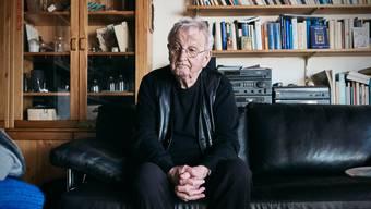 Peter Bichsel, Schweizer Schriftsteller, aufgenommen bei sich zuhause in Bellach am 16. März.