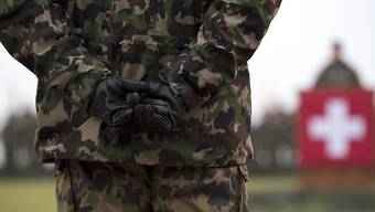 Die fünf Infanterie-Kader der Schweizer Armee sollen über Jahre Ausrüstungsgegenstände und Infrastruktur der Armee für nichtdienstliche Zwecke verwendet und sich damit bereichert haben. (Symbolbild)