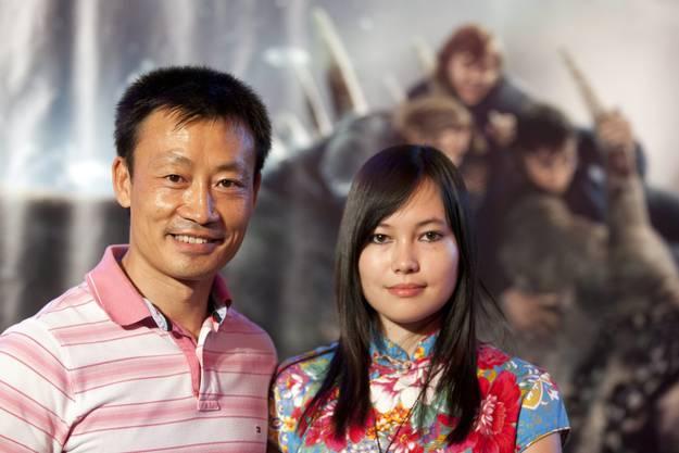 Donghua Li mit seiner Tochter Jasmin 2011 auf dem roten Teppich in Zürich.