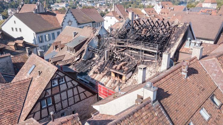 Brand in Rathausgasse Aarau: Die Ursache für das Inferno ist am Tag danach ungeklärt.
