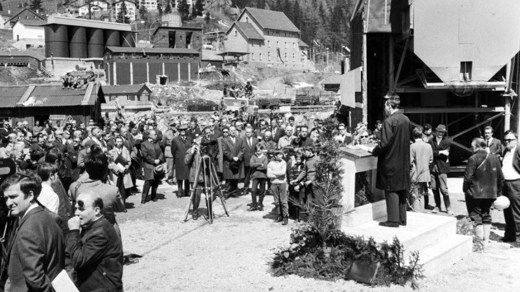 50 Jahre Gotthard-Strassentunnel - Pro Kilometer ein toter Mineur
