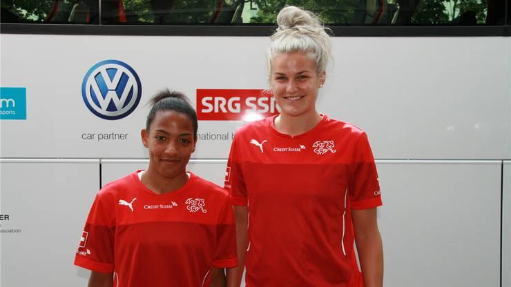 Gehören wohl bald zur ersten WM-Delegation im Schweizer Frauenfussball: Eseosa Aigbogun (l.) und Rahel Kiwic (r.).