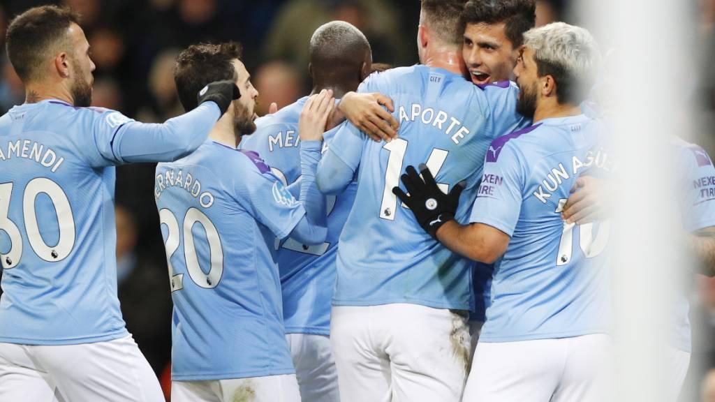 Auf dem Platz hält sich Manchester City schadlos