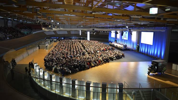 Rund 3000 Aktionäre versammelten sich im Velodrome.