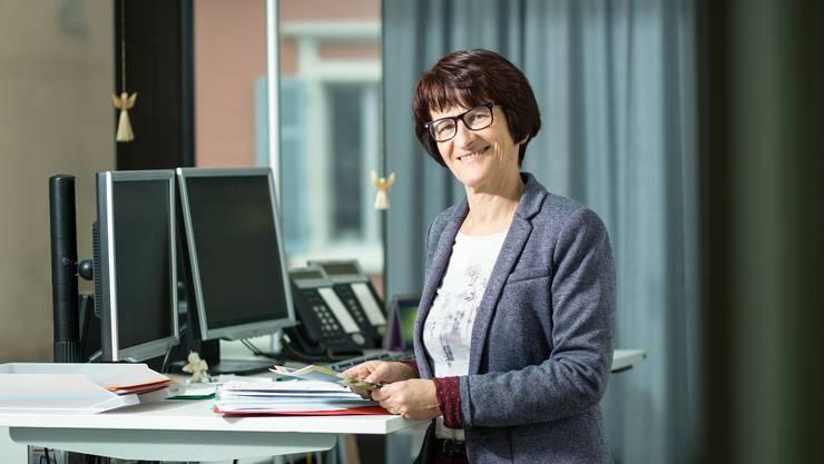 Palliativ Care der Landeskirchen ist sehr gefragt. Claire Huwyler ist Koordinatorin. Aufgenommen am 14. Februar 2017 bei der Reformierten Aargauer Landeskirchen am Stritengässli 10 in Aarau.