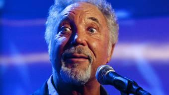 Der Sänger Tom Jones hat am 7. Juli seinen ersten Auftritt am Montreux Jazz Festival. (Archivbild)