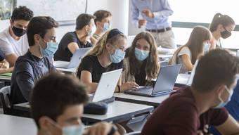 In den letzten beiden Juliwochen haben sich alleine in den USA 97'000 Kinder (und Jugendliche) mit dem Coronavirus angesteckt.