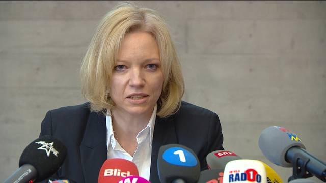 Vierfachmord Rupperswil: Staatsanwältin Barbara Loppacher informiert über den neusten Stand der Ermittlungen.