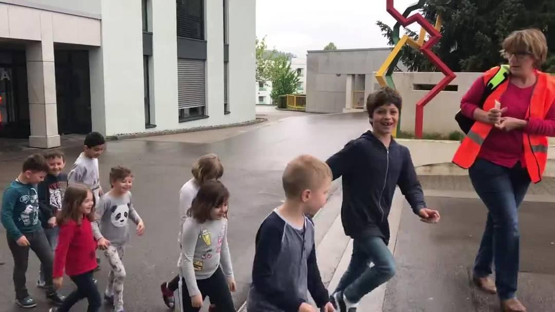Evakuation der Schule Urdorf Weihermatt