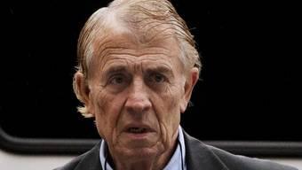 Ernst Jansen hatte bei Dutzenden Patienten fälschlicherweise unheilbare Krankheiten wie Alzheimer und MS festgestellt