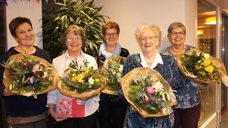 von links nach rechts: Barbara Stucki, Rosmarie Leder, Rita Mosimann, Senta Zurlinden, Esther Bischoff
