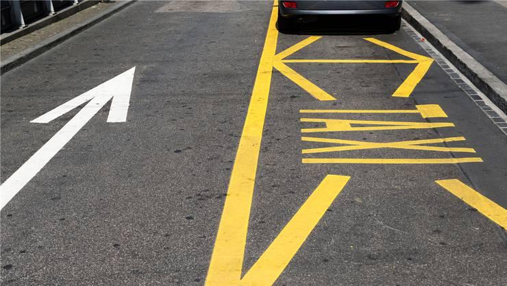 Wegen der hohen Anzahl an Gesuchen wird die Stadt Aarau die Taxibetriebe, die eine Bewilligung A erhalten, per Los beschliessen. (Symbolbild)