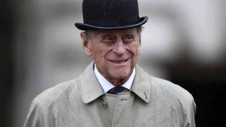 Kein gerichtliches Nachspiel: Prinz Philip hat als Verursacher eines Autounfalls mit Verletzten allerdings den Ausweis abgegeben. (Archivbild)