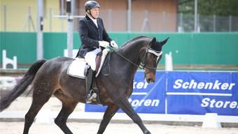 Einer der wenigen Herren am Start: Ueli Bärtschi aus Dürrenäsch mit Sir Sandor belegte den sechsten Rang in der Kategorie M26.