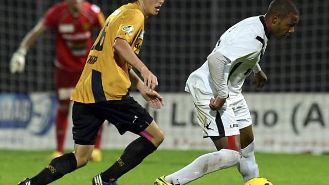 Der Schaffhauser Pascal Thrier (l.) gegen Luganos Everton