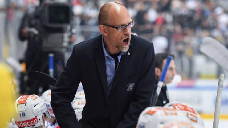 ZSC-Coach Hans Kossmann nach der 2:3-Niederlage: «Jetzt müssen wir halt nochmals nach Lugano – diesmal aber mit der richtigen Einstellung! Ein kühler Kopf ist gefragt.»