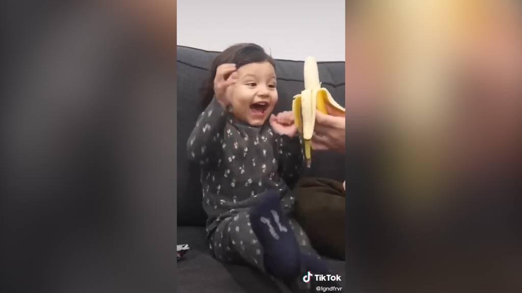 Eltern schenken ihren Kindern Gemüse – die Reaktionen sind zuckersüss