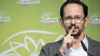 Balthasar Glättli, Fraktionschef der Grünen, sieht die Grundrechte in Krisenzeiten nicht genügend geschützt. (Archivbild)